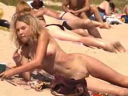 Порно На Пляже Ролики Онлайн
